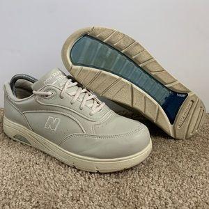 New Balance Men's 811 DSL-2 Walking Shoes MW811BE